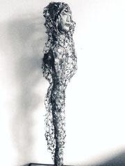 """""""Reine à voilette"""". Terre & technique mixte. H 106 cm"""