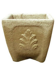 Vase carré feuille acanthe  V 92 H 40 / L 40 / l 40
