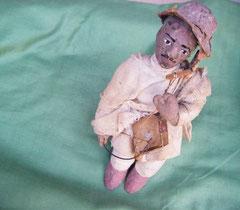Marionnette éthiopienne jouant du masenqo