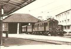 Personenzug um 1948 mit C 22 in Fahrwangen-Meisterschwanden