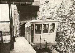 Wagen 2 in der Haltestelle La Boine