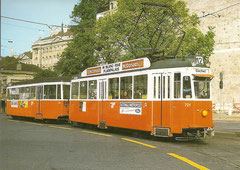 Be 4/4 721 mit Anhänger B4 312 am 8. 11. 1987