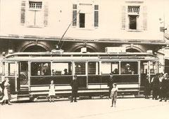 Ce 2/4 11 mit Gepäckabteil in Altstätten (Rathaus) um 1920