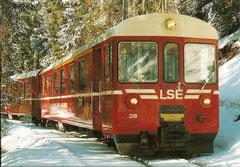 Triebwagen Nr. 8 und ABt 28
