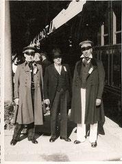 Wer kennt diese 3 Personen?