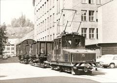 Rollschemmelzug mit Ge 4/4 75 im Mühletal am 26. 5. 1970