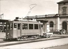Ce 2/2 4 + 0 11 beim Bahnhof Zug