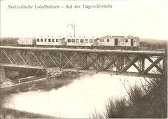 Zug der Seeländischen Lokalbahnen auf der Hagneckbrücke 1916