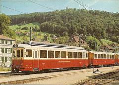 Waldenburgerbahn mit Schloss Waldenburg