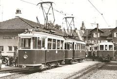 Be 2/2 6 und B 2/4 40 auf fremden Gleisen in altstätten am 12. 9. 1971