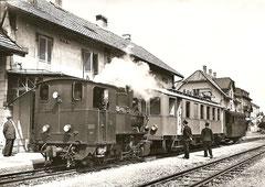 G 3/3 9, BCe 2/4 504 + C 35 in Saignelégier am 18. 8. 1952