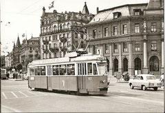 Be 4/4 107 beim Bahnhof Luzern am 21. 8. 1957