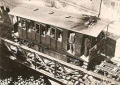 Wagen Nr. 2 oberhalb der Talstation um 1945