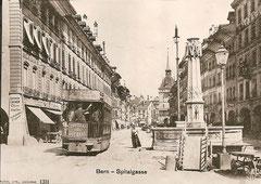 Tram in der Spitalgasse um 1890