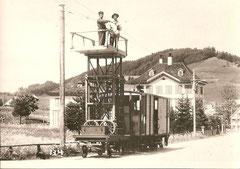 Fe 2/2 21 mit Geleiseturmwagen um 1908