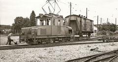 Ge 4/4 56 im Depot Langenthal 4. 7. 1962