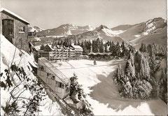Stoos(1300 m) Sporthotel-Kurhaus mit Hauser- und Klingenstock
