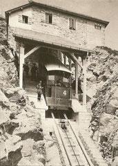 Niesen-Kulm mit Wagen 4, 1910