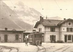 Bahnhofplatz Matigny mit Tramwagen nach Martigny Bourg