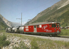 Deh 4/4 24 mit Güterzug bei Täsch am 29. 7. 2004