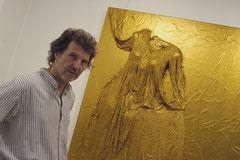 """2003: Ausstellung """"tra sacralità e sopraffazione"""", Galerie Cortina Arte, Mailand"""