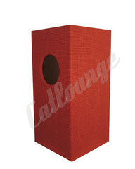 Kratzturm medium pure true red rechts/hinten