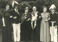 Maria Schulze Iking, Oberst Werner Deitert, Clärchen Höing-Essmann, König Josef Lütke-Sunderhaus, Franziska Große-Sunderhaus, Major Josef Ening
