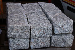 Granitleistenstein