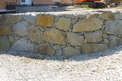 Steinmauer Klasse 3