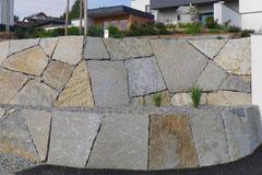 Steinmauer Klasse 1
