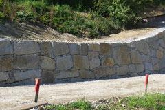 Steinmauer Klasse 2
