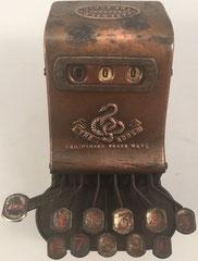 Sumadora THE ADDER, patentada por Arthur James Postans (South Kensington) en 1902,  s/n 7513, 11x17x11 cm