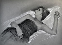El descanso. Carboncillo y tiza sobre papel. 75X55