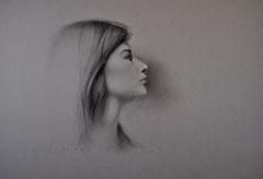 Paula. Carboncillo y tiza sobre papel. 65X46