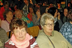 12.03.2015 Irmgard und Birgit wissen noch nicht was kommt