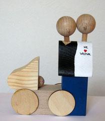 Elternpaar mit Kinderwagen