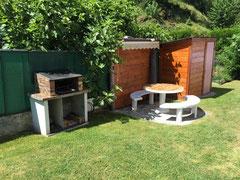 Gîte Casa Bonita espace barbecue, salon de jardin