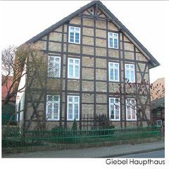 Giebel Haupthaus