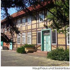 Haupthaus und Saalanbau