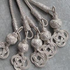 Silberdraht Kunst hat eine charakteristisch matte Oberfläche. Feinsilber/999er Silber. i-must-have.it