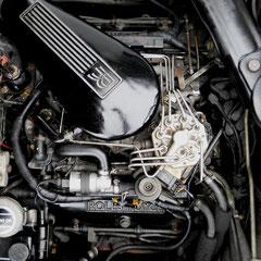 Rolls Royce Silver Spur II 6.850ccm V8 Motor mit Bosch-Einspristanlage.