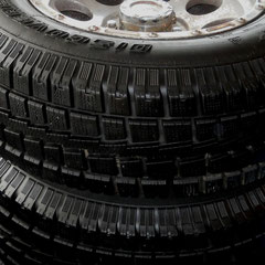 """Dodge RAM 1500 17"""" Winterreifen auf Alufelge- 245er Cooper Discoverer"""