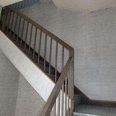 1階 階段
