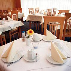 Den Tag entspannt beginnen - bei einem Frühstück im Hotel Meyer