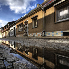 Nasse Straßen in Burg bei Magdeburg