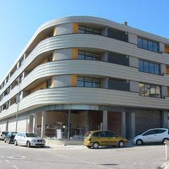 27 viviendas, 2 locales comerciales y garaje (Amposta - Tarragona)