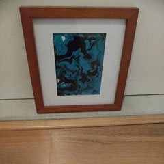 """Pouring"" blauw inclusief lijst 23 x 27 cm € 29"