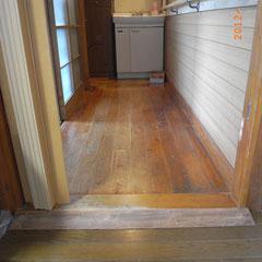 廊下出入口のスロープ設置工事 - 施工後