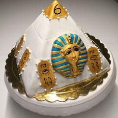 Tut ankh amun Pyramide-Geburtstagstorte