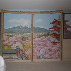 Fertiges Wandbild in einem Japanbad mit Kirschblühte vor dem Fujiama am Teehaus